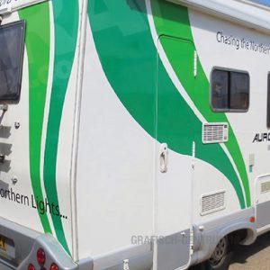 caravan camper achterkant kleur